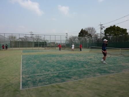 100320会社テニス部