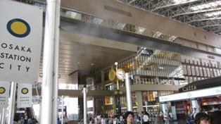 110716大阪駅2