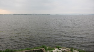 110802湖岸